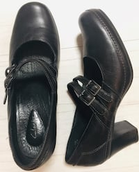 "Clarks black leather shoes with 2.5"" heel, sz 10 Dublin, 43016"
