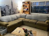 Sectional couch Arlington, 22205