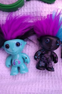 two blue and pink plastic toys Ottawa, K1Z 8E6