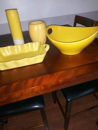 yellow and green plastic container Edgewood, 21040