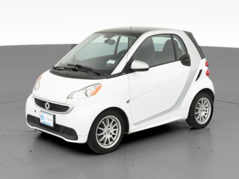 2013 smart fortwo coupe Pure Hatchback Coupe 2D White  6a8dc1a4-852b-4d01-8965-0fa69d8a5f21