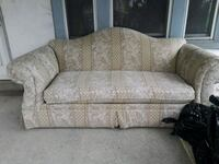 gray and white floral fabric 2-seat sofa Allentown, 18102