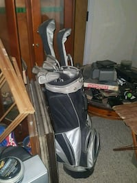 black and gray golf bag with golf clubs Bloomsburg, 17815