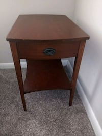 bed side table Tampa, 33611