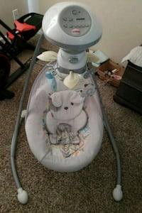 baby's white and gray cradle n swing Virginia Beach, 23453
