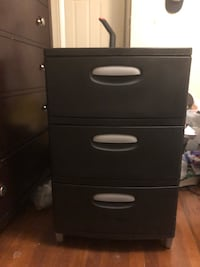 Black plastic 3-drawer chest Portsmouth, 23703