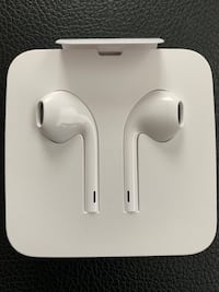 NEW Apple Earbuds Headphones for iPhone 7 8 XR XS XS Max Herndon, 20170