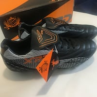 Men's Black Soccer Cleats (Size Eur 42) Toronto, M6S