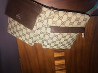 Authentic Gucci side pouch Toronto, M3N 2W5