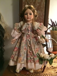 Beautiful doll Hanover, 17331