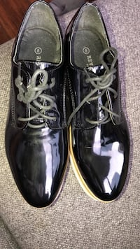 Pair of black shoes Toronto, M5H 1A1