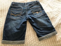 Jeans shorts guess size 8 Montreal, H1J 1G2