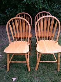 two brown wooden windsor chairs Keller, 76248