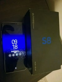 Im selling s8 unlocked. In 10/10 condition  Edmonton, T5Z 0B9