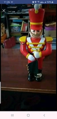 "Nutcracker moving & singing 24"" tall Baltimore, 21205"