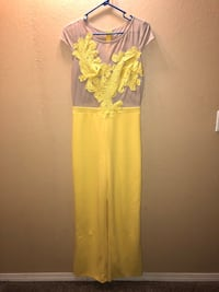 Yellow Jumpsuit  Dickinson, 77539