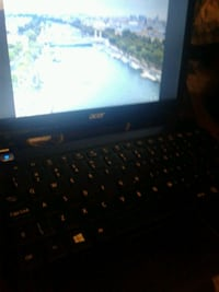 Acer aspire V5 mint condition  St. Catharines