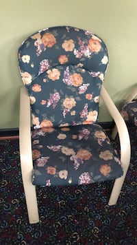 black and pink floral print leather armchair Greenbelt, 20770