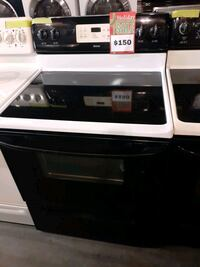 KENMORE electric stove in excellent conditions with warranty