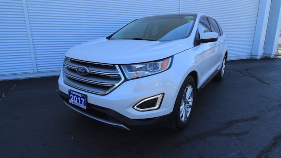 2017 Ford Edge SEL / ACCIDENT FREE / BACK UP CAM / REMOTE START / 2c783738-e125-408f-b5fb-331fe36d5862