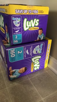 Luvs Diapers Size: 2