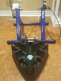 Tacx Magnetic Bike trainer and front wheel stand Toronto, M9B 3B2
