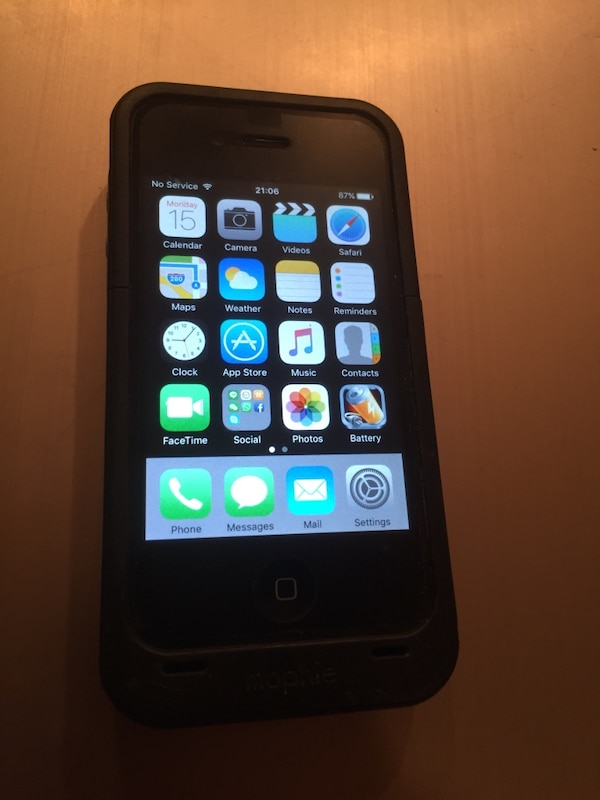 sale retailer 29378 eddc5 iPhone 4s 32GB mint with Mophie