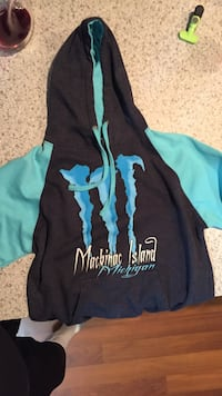 Black and blue macinac island pullover hoodie size small