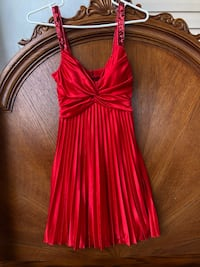 little red party dress 942 mi