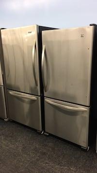 Kenmore Fridge - warranty and delivery included  549 km