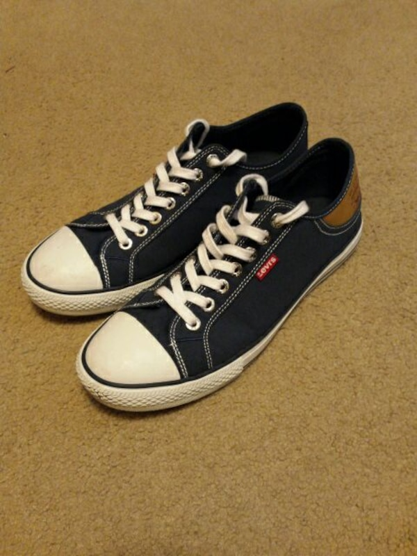 Used Brand New Levi s Converse Size 10 Unisex for sale in Seattle ... 0781999fa