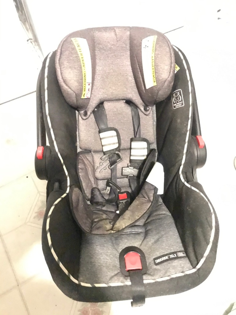 Photo Graco infant car seat and base