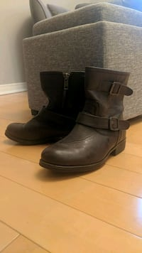 Brown leather boots - size 8 Mississauga, L5N 5T7