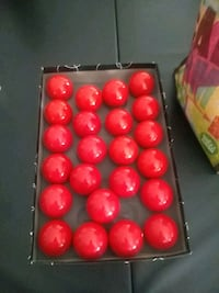 33 snooker balls never used Henderson