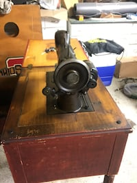 Antique sewing machine Elkhart, 46516