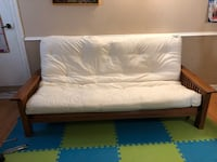 Futon and Chair set. Excellent condition. Great for a cottage! Toronto, M6N 4N1