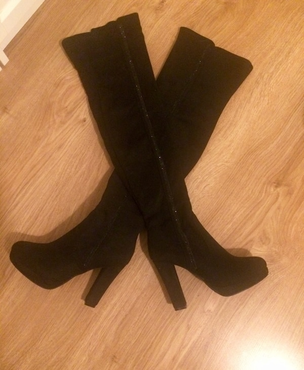 Size 37 - 38 over knee boots new