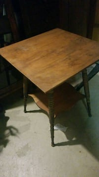 Antique wood table North Canton, 44720