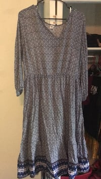 gray and black long-sleeved dress Grandview, 64030