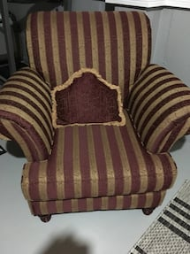 Gold and burgundy custom made armed chair looks brand new