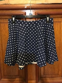 blue and white polka-dotted mini skirt