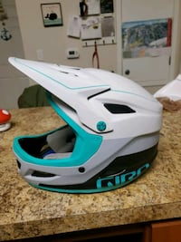 Giro full face downhill helmet with mips