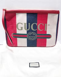 Gucci Printed Pouch  Vancouver, V6R 4G3