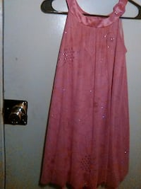 Womans Pink lace size 5