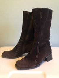 Vintage Chocolate Brown Suede Boots