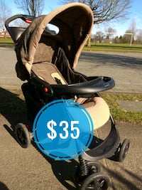 Nice good condition stroller Vancouver, V5P 4M4