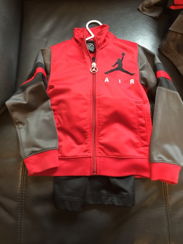 51dd6e300d02 Selling all my son 3T -4T jordan clothing in great condition have lots of  jordan