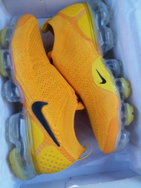 finest selection 7b23b 08fb2 Used yellow vapormax size 7.5 8 for sale in Freeport - letgo