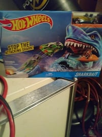 HotWheels SharkBait box Saint Cloud, 34769