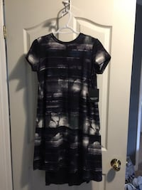 Vera Wang dress London, N6M 1J4
